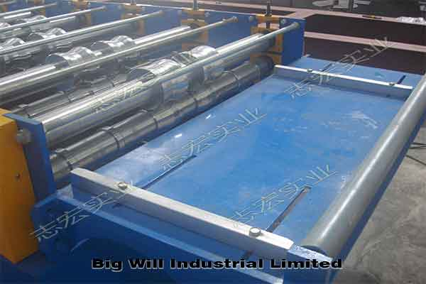 aluminum-roof-roll-forming-machine.jpg