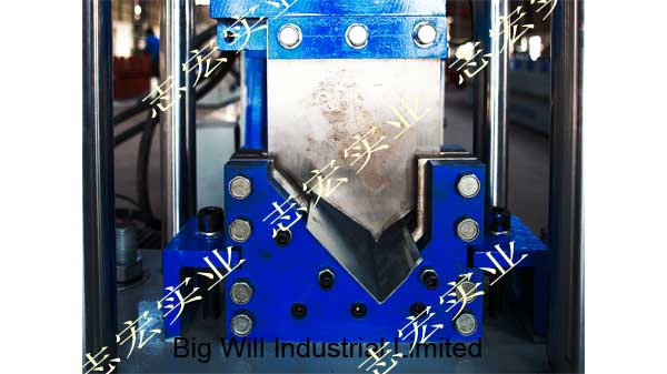China-door-rail-roll-formining machine.jpg