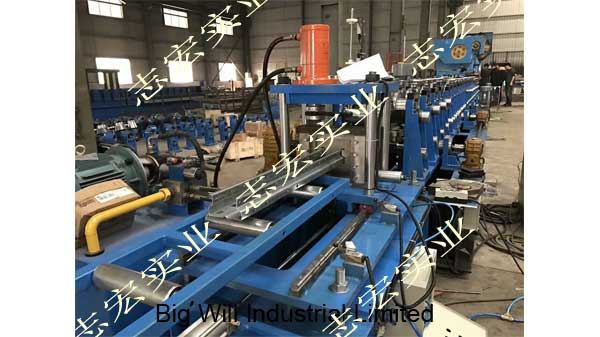 storage shelf roll forming machine.jpg